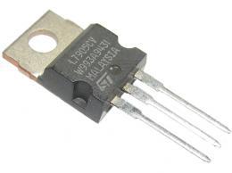7905  stabilizátor -5V/1A TO220 *