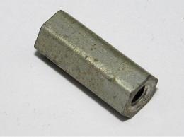 Distanční sloupek kovový 14mm
