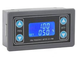 PWM generátor 1Hz-150kHz s LCD displejem v krabičce
